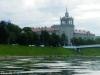Комплекс будынкаў Акадэміі навук Літвы з сімвалам сталінскай эпохі на пярэднім плане.